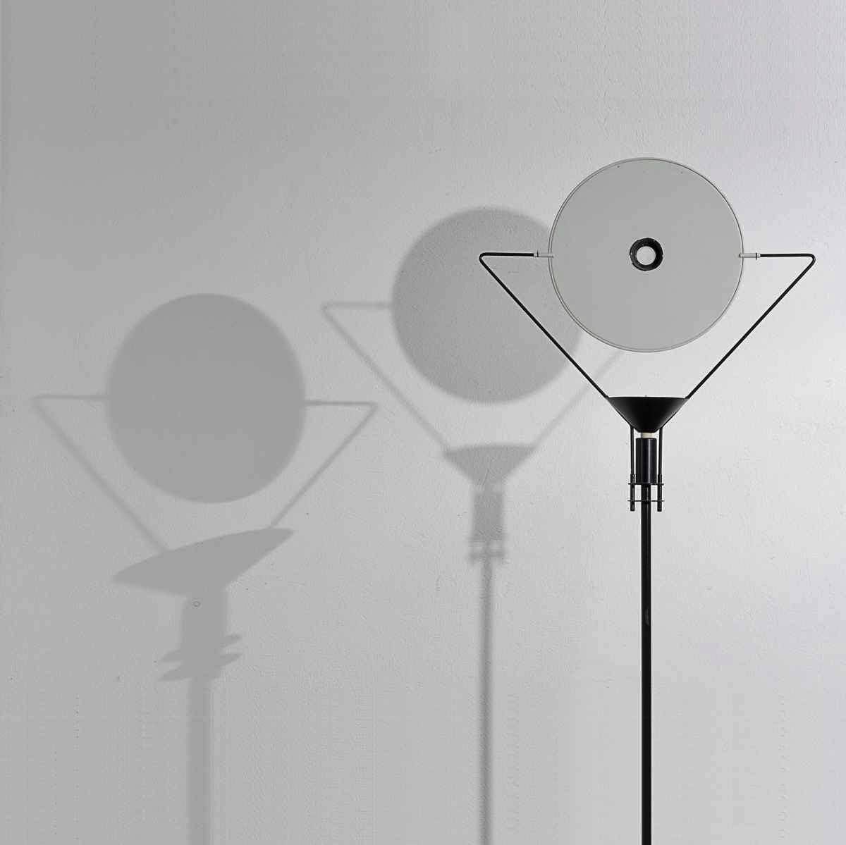 Carlo-Forcolini-Stehlampe